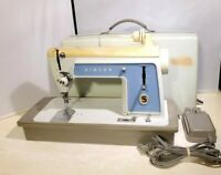 Vintage Singer Auto-Reel Touch & Sew Model 604 Sewing Machine w/ Case - TESTED