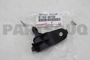 8119348100 Genuine Toyota RETAINER  HEADLAMP 81193-48100