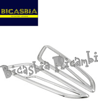 11066 - GRIGLIE FRECCE ANTERIORI PLASTICA CROMATA VESPA 50 125 150 PRIMAVERA