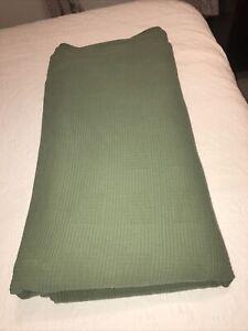 """LL Bean Green 100% Cotton King Size Matalasse Coverlet Quilt 116"""" X 120"""" EUC"""