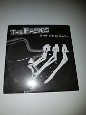 THE BASICS - Lookin' Over My Shoulder CD 5 TRACK MAXI-SINGLE in VGC (GOTYE)