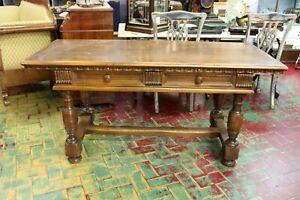 Desk Walnut/Elegant Decorations Finely Carved/Two Drawers