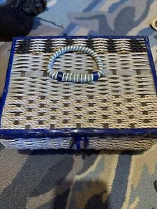 Vintage Sewing Box  Basket Weave, Built-in Pin Cushion D1
