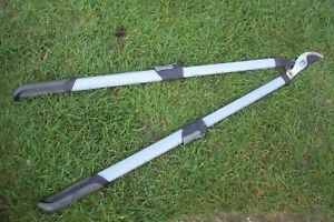 Good quality extentable strong tree branch loppers.