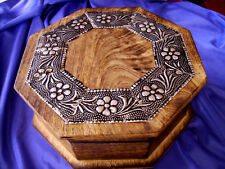QUALITY METAL AND WOODEN HEXAGONAL JEWELLERY BOX