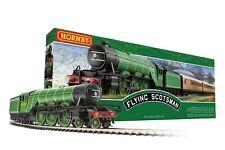Hornby R1255 The Flying Scotsman Train Set (New 2020 Three Coach Version)