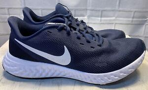 Nike Revolution 5 Men's Size 11 Navy Blue/White Running Shoe's BQ3204-400