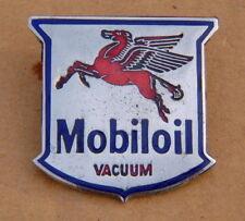 MOBILOIL VACUM PETROL OIL GAS ENAMEL LAPEL PIN BADGE