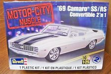 REVELL '69 CAMARO SS/RS CONVERTIBLE 2'n 1 MODEL KIT 1/25 SCALE