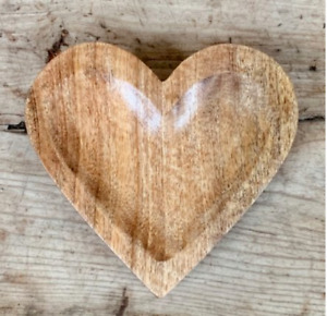 Natural Wooden Heart 15cm Simplistic Country Charm Home Decor Plus Food Safe
