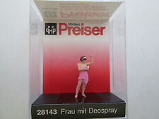 Preiser (HO 1:87)  Woman Using Spray Deodorant #28143