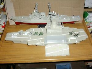 TOY PLASTIC BATTLESHIP WAR SHIP & AIRCRAFT CARRIER WITH AEROPLANES & HELICOPTERS