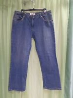 Bisou Bisou Jeans Denim Crop Medium Wash Size 16