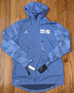 Men's North Carolina Tar Heels UNC Nike Sideline Slub Performance Hoodie Medium