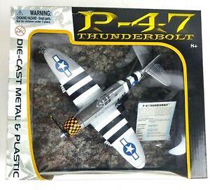 MotorMax P-47 Thunderbolt Maggie 1:48 Diecast / Plastic  76316  New Sealed