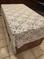 """Vintage Quaker White Lace Floral Pattern Rectangular Tablecloth 64"""" x 106"""" Decor"""