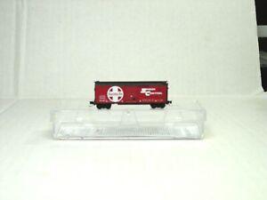 MICRO-TRAINS LINE Z SCALE 40' STANDARD SINGLE DOOR BOX CAR ATSF 50000047