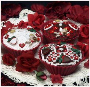 Valentine Cupcakes - The Victoria Sampler New