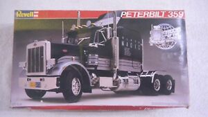 REVELL 1:25 SCALE PETERBUILT 359 TRACTOR MADE IN WEST GERMANY 1982 OPEN BOX NEW