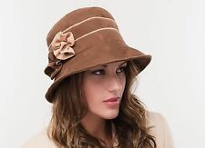 a0ec22494b449 BRAND NEW LADIES BROWN CASUAL SUEDE WINTER FASHION CLOCHE STYLE HAT SASHA