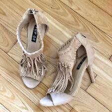 Sandales à talons beige avec franges, taille 38, très bon état