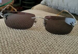 PLAYBOY SUNGLASSES  Silver Frame Black Lens. NEW YORKER 2004 Excellent condition