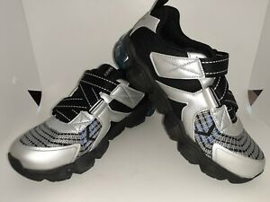 Skechers Boys U.S. Size 3 Z-Strap Light Up Step Sneakers Brand New FREE SHIPPING