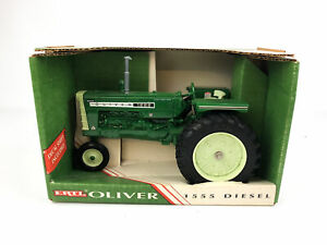ERTL White Oliver 1555 Diesel Diecast Tractor 1:16 Hyrdro Power Drive Farm Toy