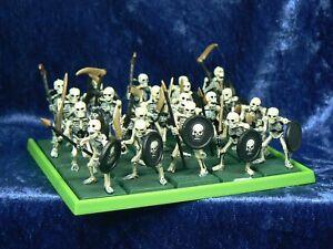 20x Warhammer Plastic Skeletons Regiment Classic Fantasy OOP On Base (C)