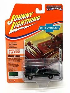 Johnny Lightning Muscle Cars USA 1969 Chevy Impala SS Convertible R1 Fathom Gree
