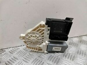 Volkswagen PASSAT B6 2007 Front door window regulator motor 981675112 ULA6541