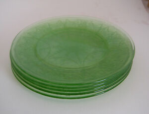 Green UraniumVaseline Glass Sectioned 3 Dinner Plates Home and Garden Kitchen and Dining Tableware Serve Ware Saucers