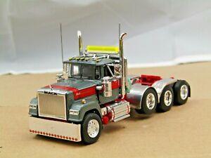 Dcp Custom gun metal/red Mack Superliner daycab 4 axle heavyhaul tractor 1/64