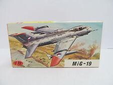 eso-11383KP 1:72 MIG-19 Bausatz geöffnet,augenscheinlich komplett,