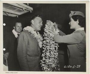Soldier of Fortune Clark Gable Edward Dymtryk PAA Lei Greet Original 8x10 Photo