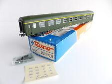 ROCO 44610 VOITURE VOYAGEURS TYPE UIC 1E CLASSE SNCF