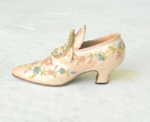 1999 Popular Imports Decorative Collectible Shoe  RMC
