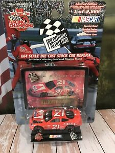 Car 1:64 Diecast NASCAR Press Pass RC Elliott Sadler Citco w/ Lenticular Card HO
