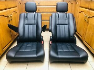 2020 Dodge New takeout Black Leather Bucket seats stow and go Town and Country