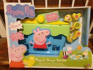 BNIB Peppa Pig Shape Sorter Picnic Basket
