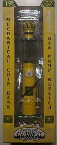 NIP Limited Edition 1937 John Deere Wayne Gas Pump Replica Mechanical Coin Bank