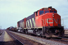 CANADIAN NATIONAL CN GP38-2W 5609 ACTION @ COTEAU QUEBEC in 1975 ORIGINAL SLIDE