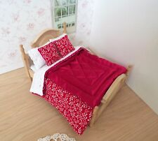Miniature 1/12th scale dolls house BEDDING SET double bed Red Eiderdown