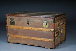 Großer antiker Überseekoffer, braun um 1870 Josef Nigst Wien V-206