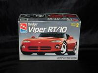 AMT ERTL Dodge Viper RT/10 Car Model Kit 1:25 Scale Roadster With Decals 1992