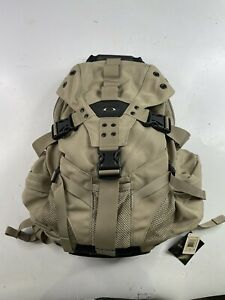 NWT Oakley ICON 2.0 Backpack Tan Hiking Military Tactical 852