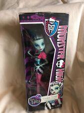 Monster High Frankie Stein poupée Entièrement neuf dans sa boîte Dawn of the Dance Rare magnifique poupée!