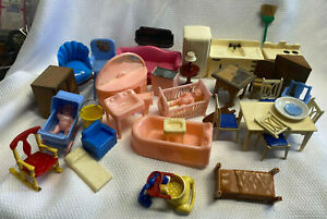 Vtg Mixed Lot Of Plastic And Wood Dollhouse Furniture Renewal Ideal Plasco Marx