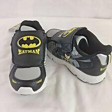 NIB Size 12 DC Comics Toddler Boys' Batman Black/Yellow Light-Up Shoe Slip On