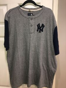NWT Reebok NY Yankees Cooperstown Collection Short Sleeved Henley Size 2XL